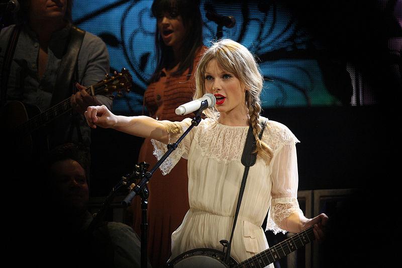 Photo of Taylor Swift: A Modern Woman