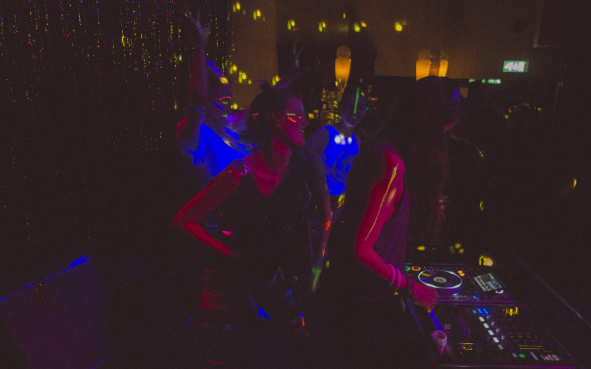 Picture from a KOSO CLUB event. In picture is dancers from Kompani Kunstgress and DJ Soldal. Photo cred- KOSO